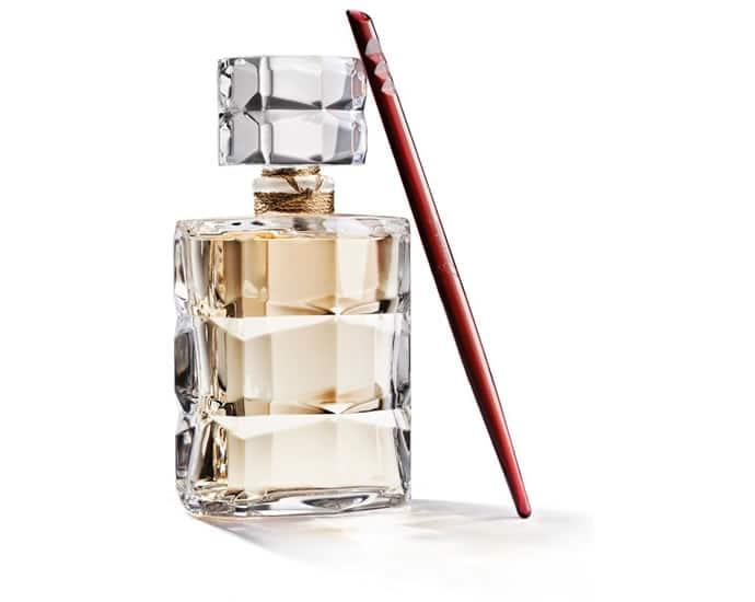 Baccarat firma il profumo Rouge 540