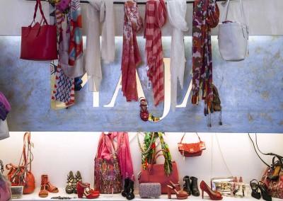 Maja abbigliamento e accessori