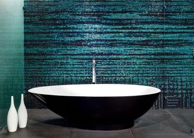 Un mosaico a parete adatto a un luxury bath