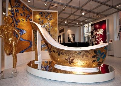 La famosa vasca a forma di scarpa