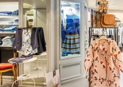 Alcuni outfit del negozio donna