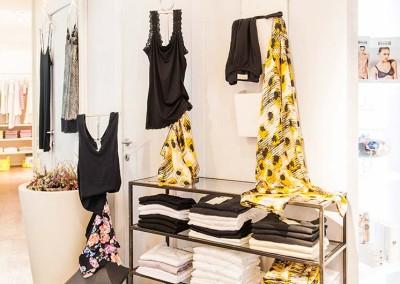 Per le donne che curano anche le mise homewear