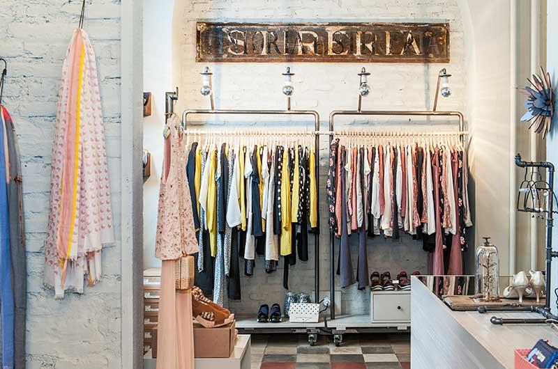 Alternative negozio a roma su vetrineshop for Corso roma abbigliamento