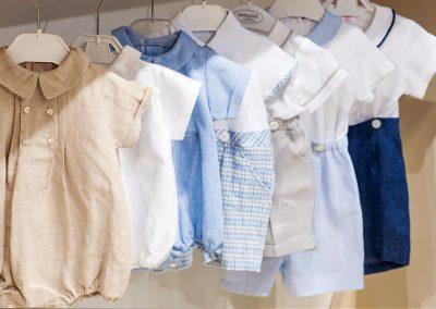La collezione elegante per i bebé