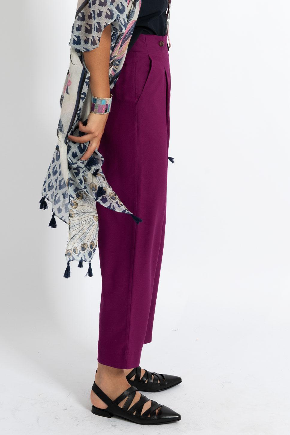 Pantalone ametista con pinces