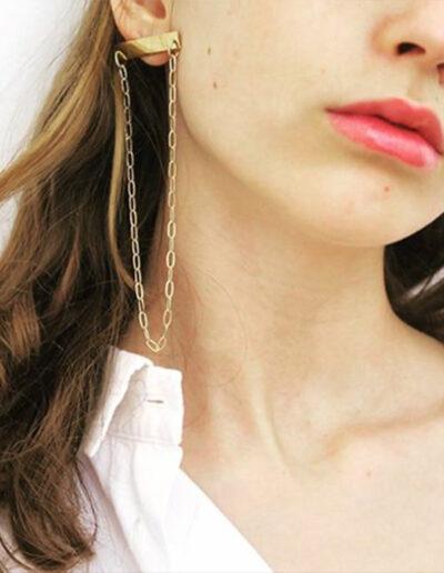 coppia di orecchini con barretta e catenella Riva Jewels